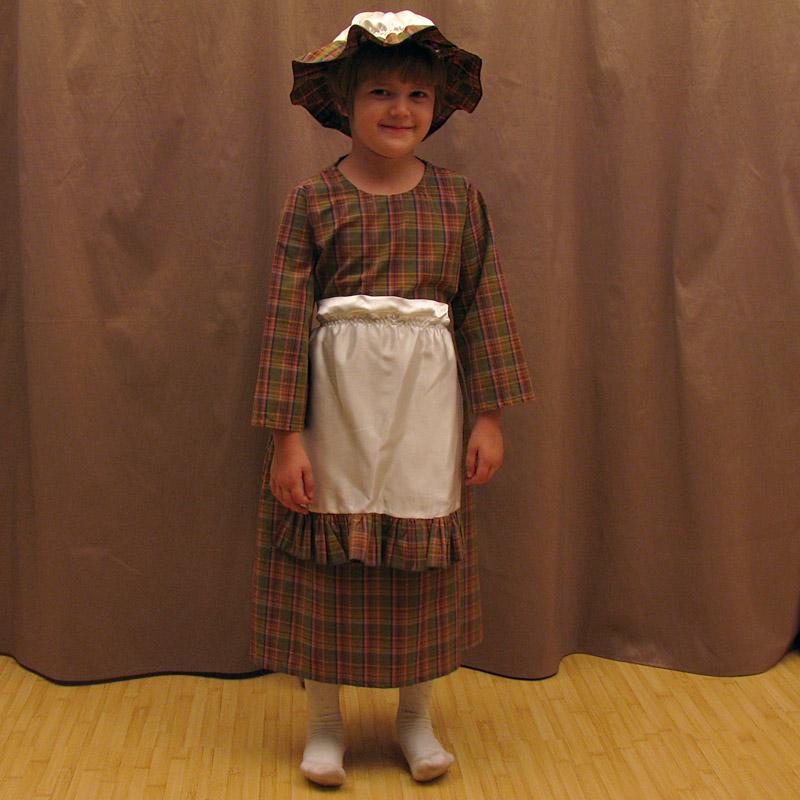 """Costum bunicuta din """"Scufita Rosie"""" - cod J024"""